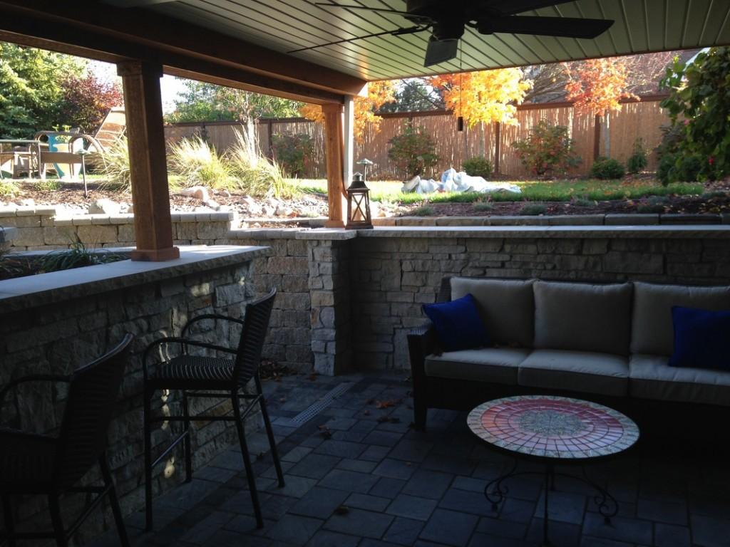 greyhouse_patio (7)