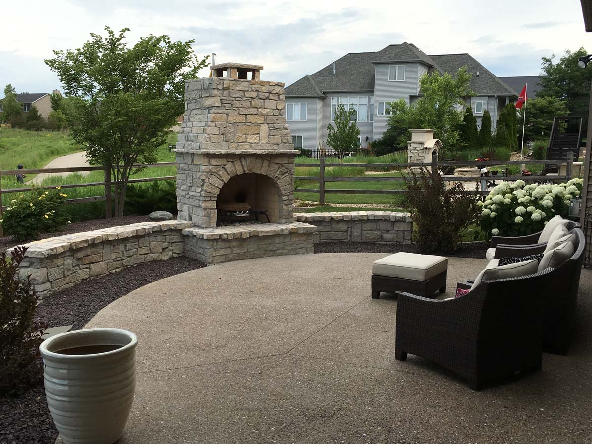 custom stone fireplace serenity creek design landscaping bloomington il. Black Bedroom Furniture Sets. Home Design Ideas